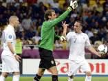 Isaksson, Benzema y Ribery