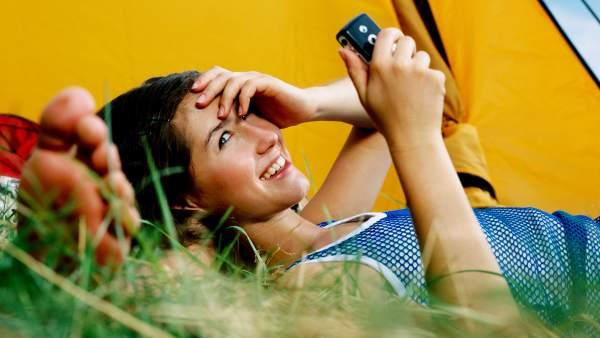 Aplicaciones para el móvil que ayudan a disfrutar más y mejor del descanso en Semana Santa