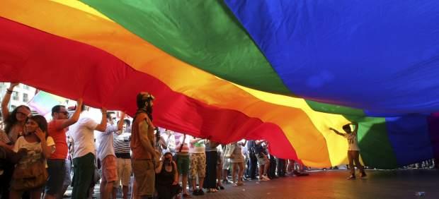 Seis Meses De Cárcel Para Un Periodista Por Vincular Homosexualidad Y Pederastia