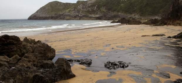 Vertido de fuel en Asturias