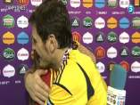 Abrazo entre Iker Casillas y Sara Carbonero