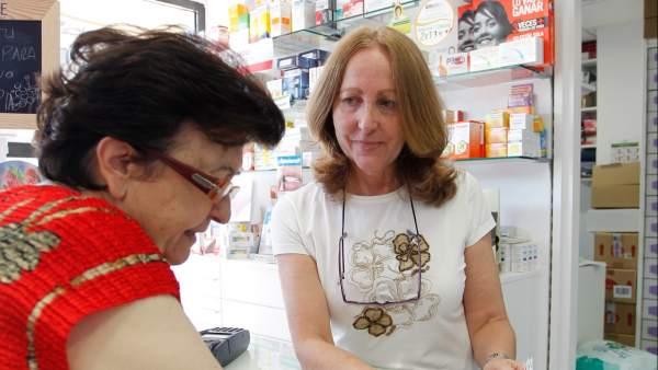 Los recortes obligan a las familias a gastar más en medicinas y enseñanza