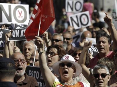 """Los funcionarios dicen """"NO"""" a los recortes del Gobierno"""