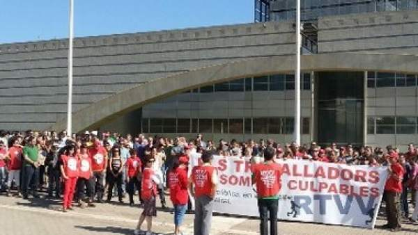 Protestas en RTVV contra los despidos
