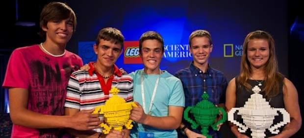 Tres adolescentes españoles ganan el concurso 'Google Science Fair 2012'