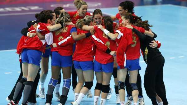 Paso de gigante hacia los cuartos de final de la selección femenina ...