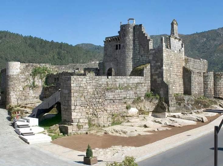 Ribadavia: Castelo dos Sarmiento