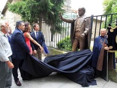 Estatua de Fraga