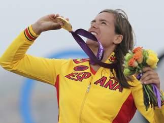 Marina Alabau con el oro