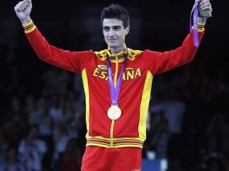 Joel González con el oro