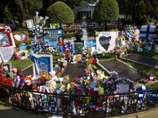 La tumba de Elvis en 2007