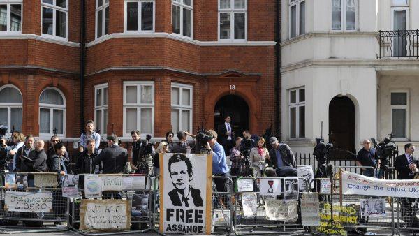 Asilo a Assange