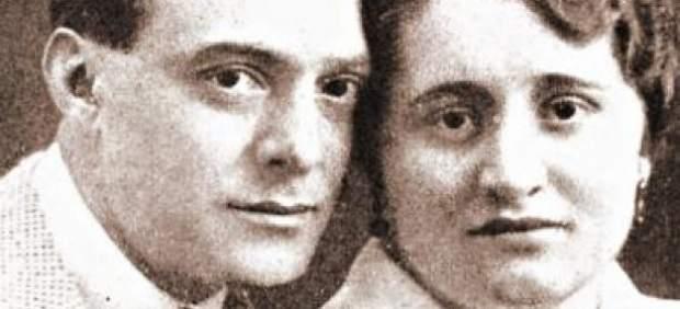 Fantomas junto a su amante, la abuela del autor del libro