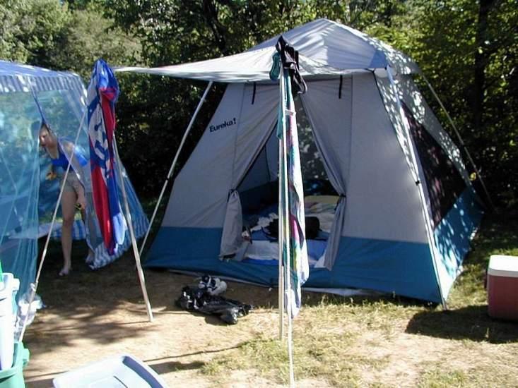 Entre la playa y la monta a de camping por la costa vasca for Camping en pais vasco con piscina
