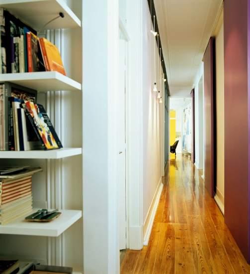 Largo estrecho y dif cil c mo decorar el pasillo de casa - Como decorar un pasillo largo y estrecho ...
