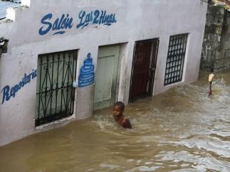 ... e 'Isaac' 5 en la República Dominicana