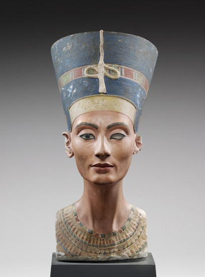 Coloured model bust of Queen Nefertiti