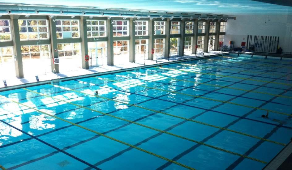 La nica piscina ol mpica municipal coloca las calles a lo for Piscina complutense madrid