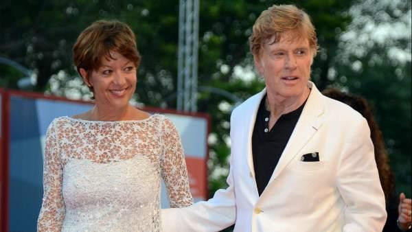 Robert Redford y su esposa