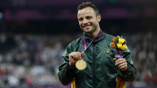 Pistorius, oro en el 400