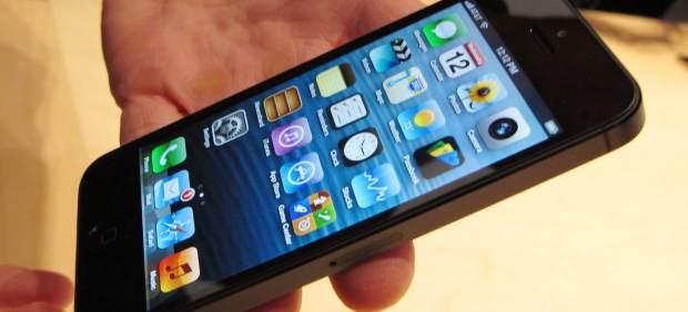 Subastan un iPhone 5 por cerca de 8.000 euros en eBay