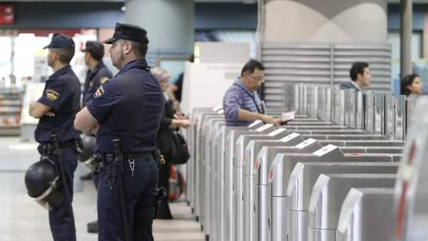 Policía Nacional y Guardia Civil pierden un 3% de efectivos en dos años por culpa de la crisis