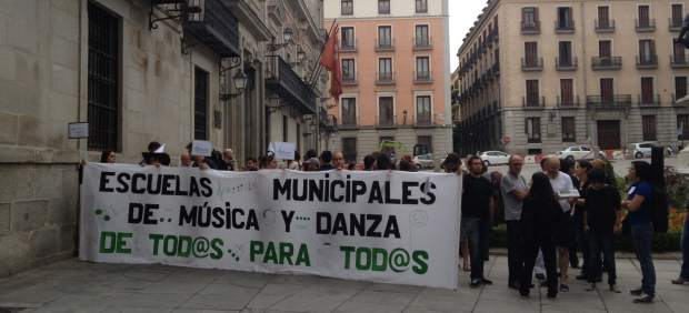 Protesta por las escuelas de música y danza de Madrid