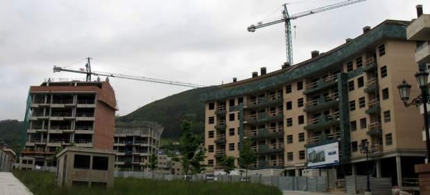 El Banco de España constata que el ajuste del sector inmobiliario ya se está moderando
