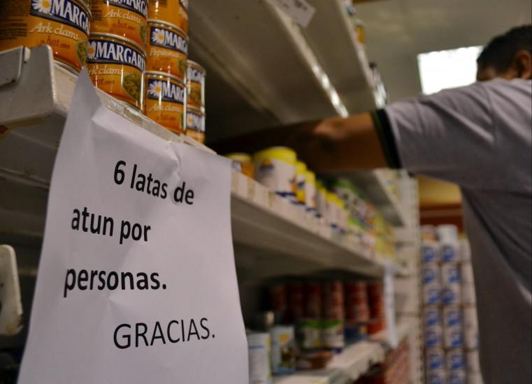Compras y salidas preventivas ante las elecciones en Venezuela