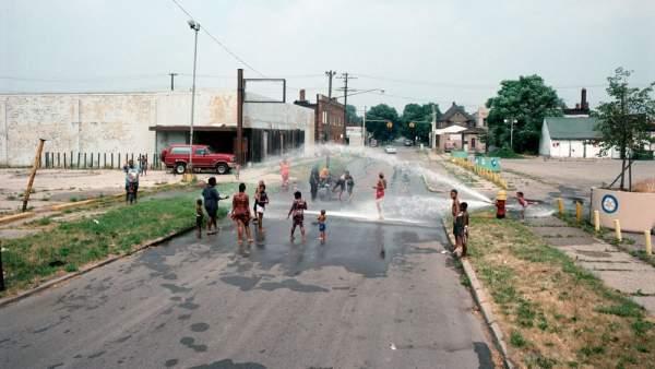'East Palmer Avenue towards Chene Street, a 95 degree day, Detroit, 1995'