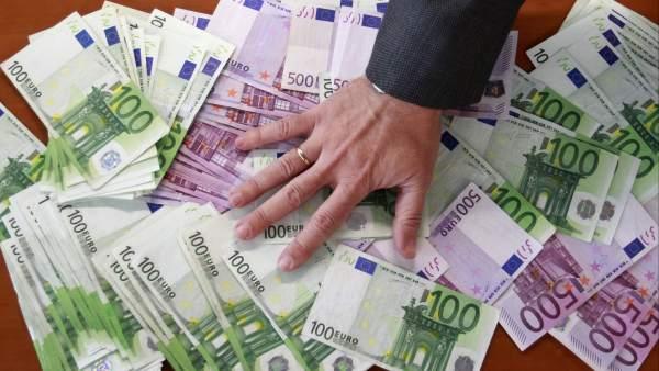 El número de millonarios en España crece en 47.000 personas durante el último año