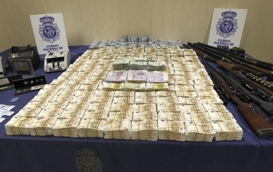 5.300.000 euros juntos