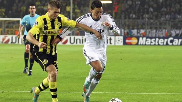 Özil en el Dortmund - Madrid