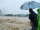 'Sandy' desborda ríos en Haití