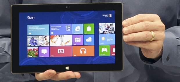 Surface, la tableta de Microsoft, llega a España por San Valentín