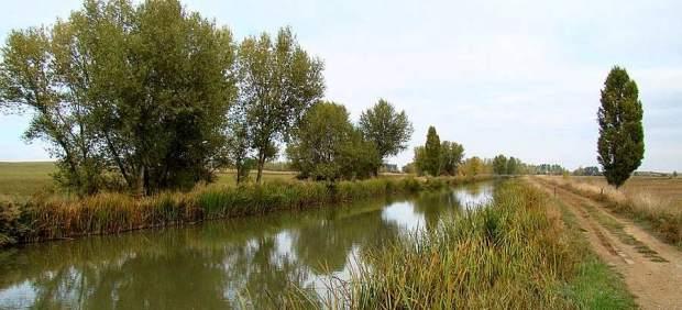 \Canal de Castilla\