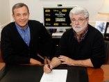 Robert A. Iger y George Lucas