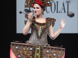 Vestida de chocolate