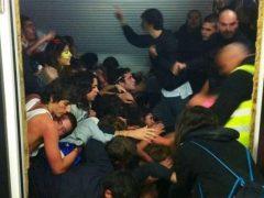 """Una joven herida en el Madrid Arena:""""Pisé a tres o cuatro personas para salir de la avalancha"""""""