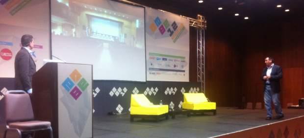 Arsenio Escolar y Juan Antonio Roncero presentan los VII Premios 20Blogs