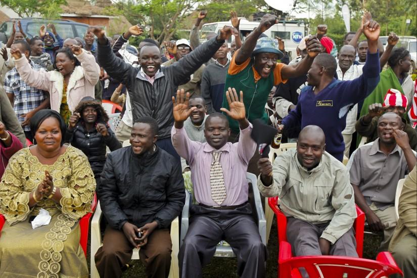 Celebraci�n en el pueblo keniano del pabre de Obama