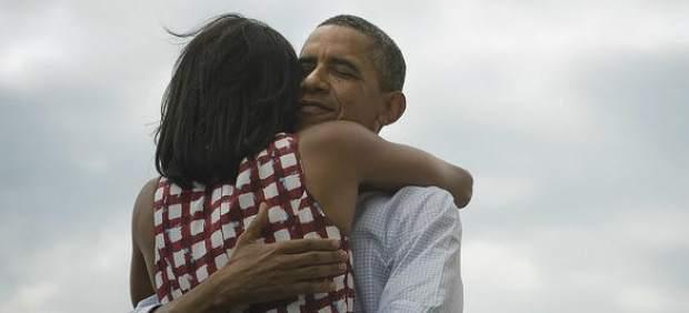 El tuit con la foto de Obama abrazando a su esposa es ya el más retuiteado de la historia