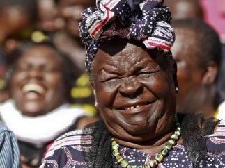 La abuela de Obama celebra la victoria demócrata desde Kenia