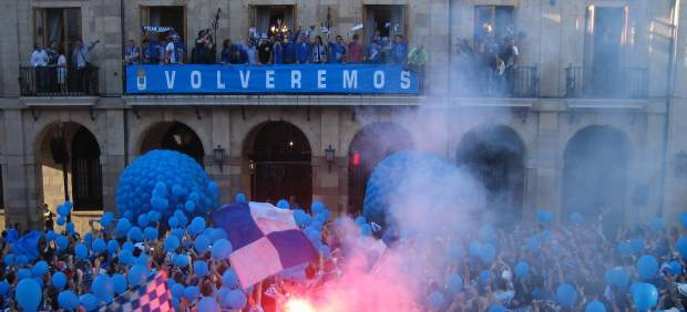 Celebraci�n ascenso Oviedo