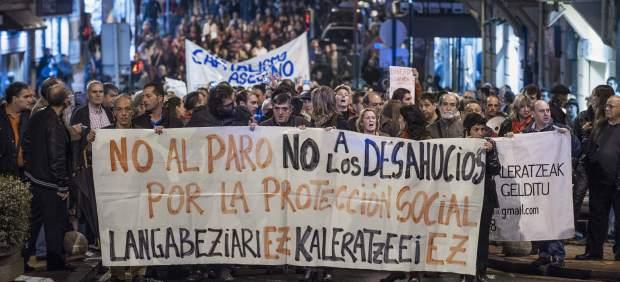 Manifestación contra los desahucios en Barakaldo