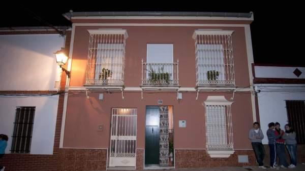 Vivienda de Pilas (Sevilla), donde aparecieron los bebés