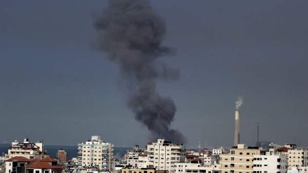 Nube de humo sobre Hamás
