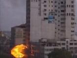 Bombas sobre un edificio de prensa en Gaza