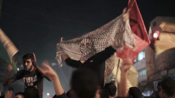 Palestinos celebran el alto el fuego