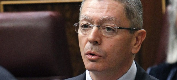 Alberto Ruiz Gallard�n